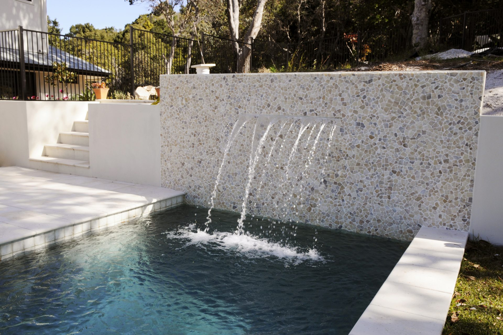 Water features aqua works pools inc for Waterfall features